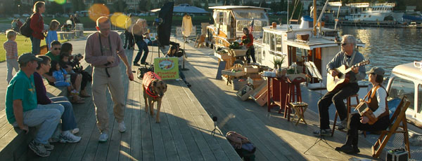 Maritime Folk Music at Farmboat Floating Market